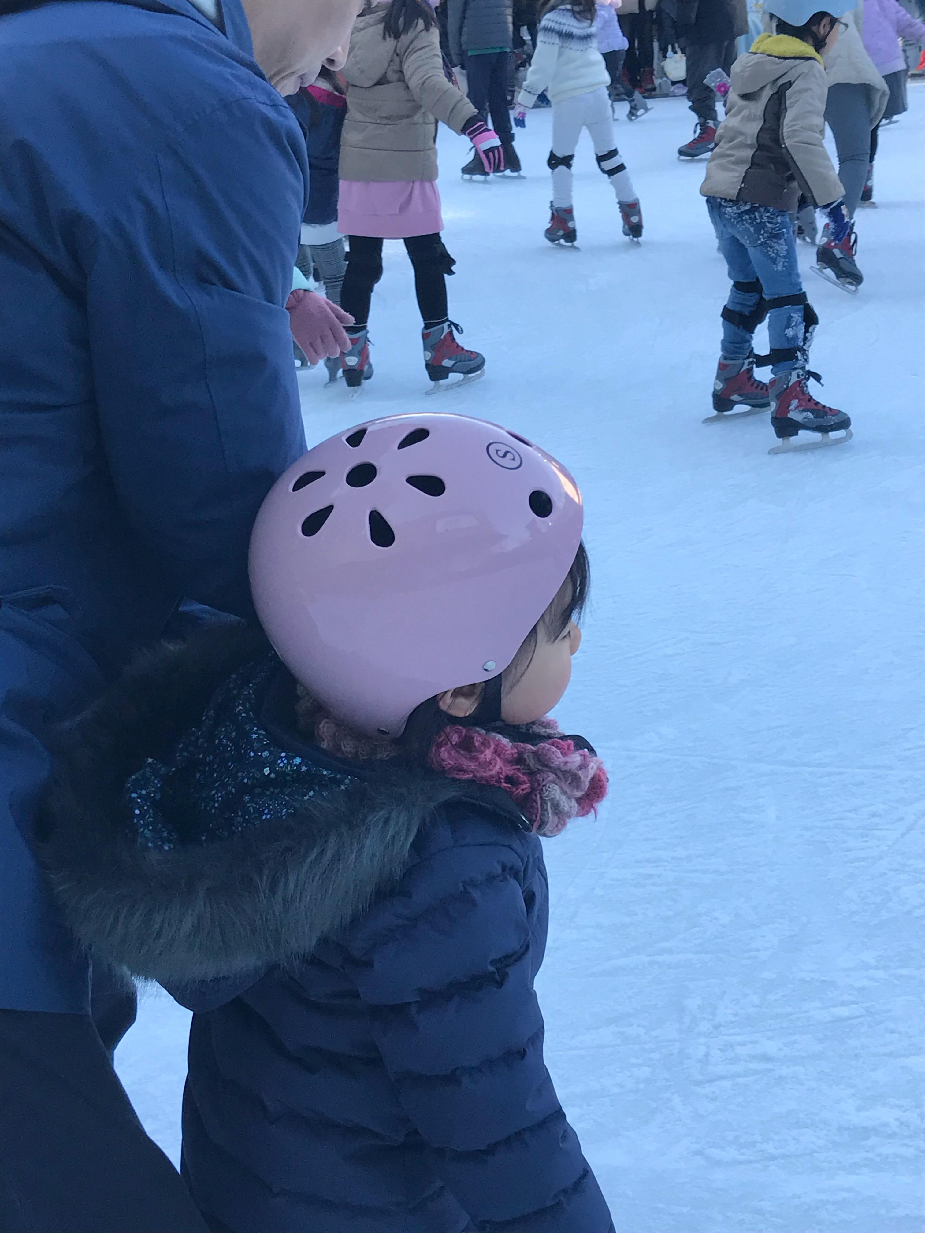 久しぶりの二子玉川ライズ スケートガーデン お父ちゃんは腰が砕けそうに